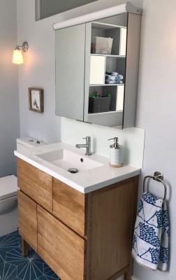 IMG_0005 vanity unit 2